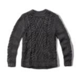 *NWT* Small A&F Chunky Cable Knit Sweater